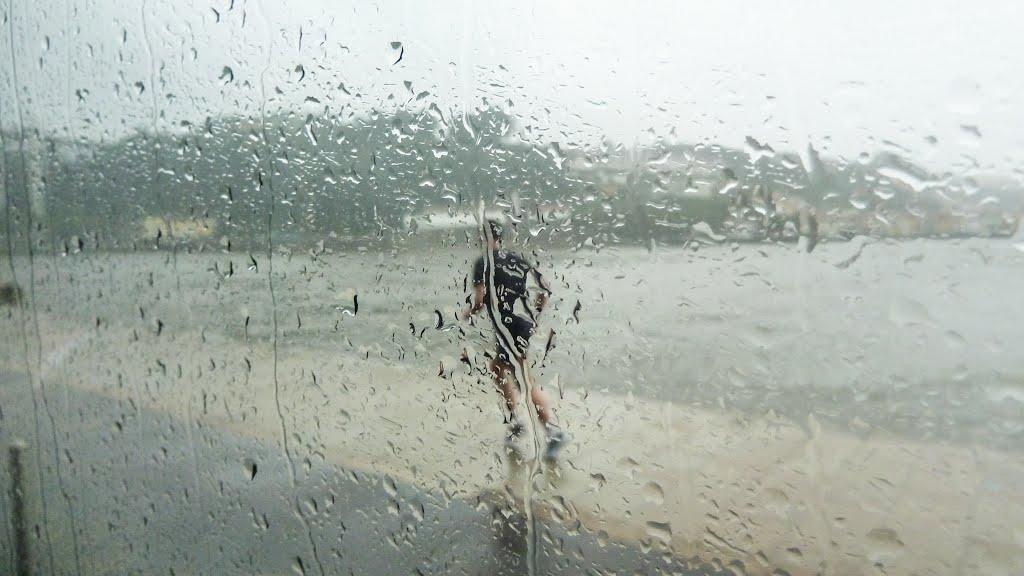 Τρέχοντας στη βροχή