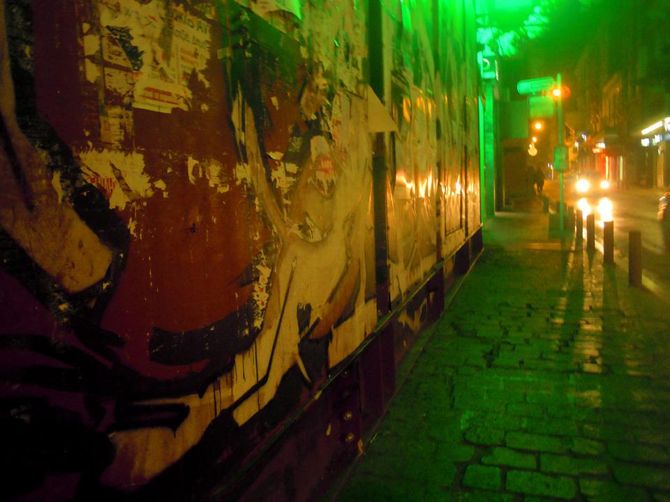 Δρόμος στην Αθήνα τη νύχτα