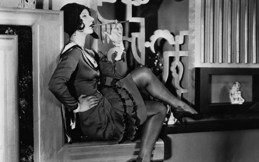 Γυναικεία μόδα κατά τη δεκαετία του 20 / Women's fashion during the 20's