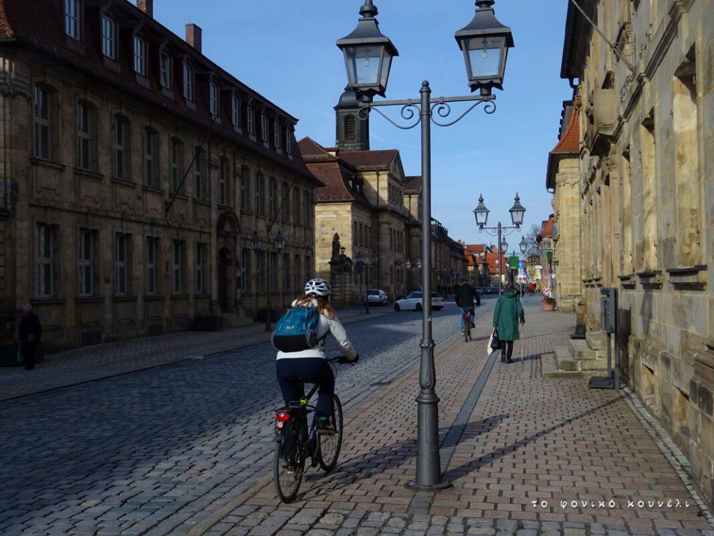 Κάνοντας ποδήλατο στο Μπαϊρόιτ της Γερμανίας / Riding a bike in Bayreuth, Germany