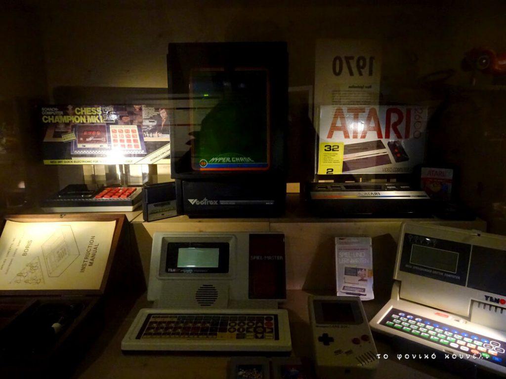 Παιχνίδια με υπολογιστές και κονσόλες της δεκαετίας του 80 / Computer and console games of the 80's
