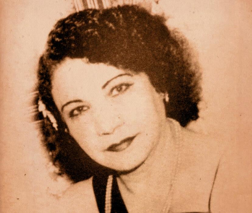 Φωτογραφία πορτραίτο της Ρόζας Εσκενάζυ