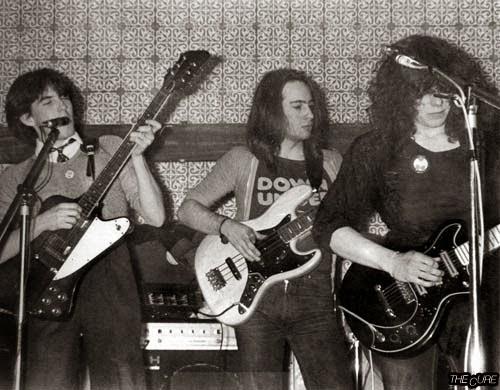 Οι αγνώριστοι σχεδόν Cure, στο ξεκίνημά τους / Easy Cure band, 1977