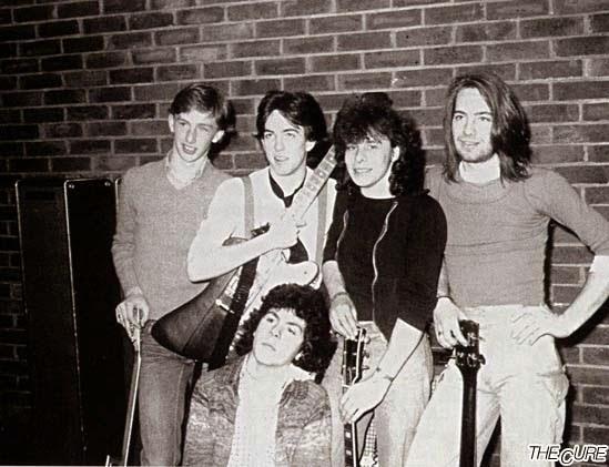 Easy Cure band / Οι αγνώριστοι σχεδόν Cure, στο ξεκίνημά τους