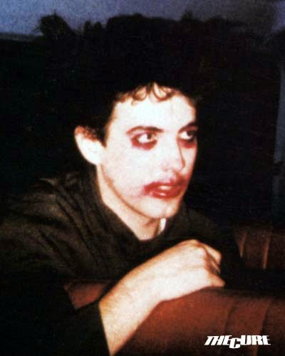 Αιματοβαμμένο make up του Ρόμπερτ Σμιθ, 1982 / Robert Smith's make up, 1982