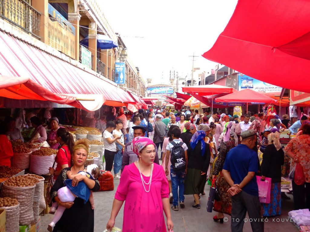 Κίνα, στο δρόμο του μεταξιού... στο παζάρι του Κασγκάρ / China, on the Silk Road